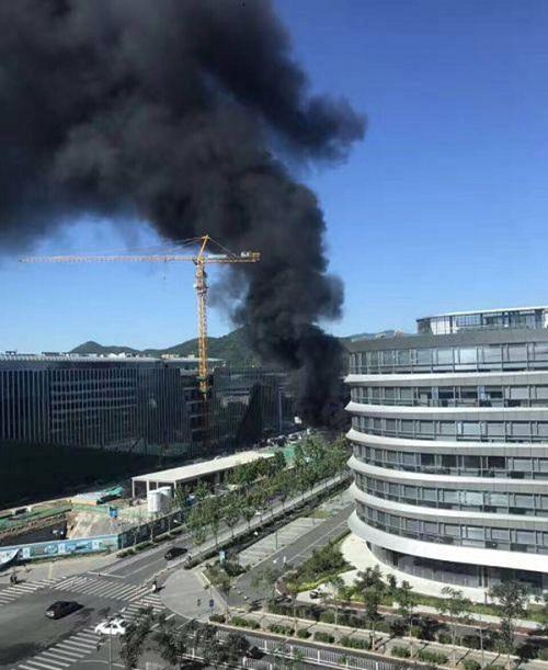北京海淀区腾讯北京分公司在建工地起火