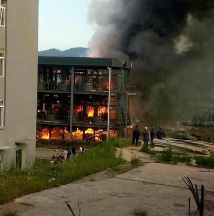 四川宜宾化工厂爆燃事故爆燃物质为甲醇,可采用黄色安全柜储存